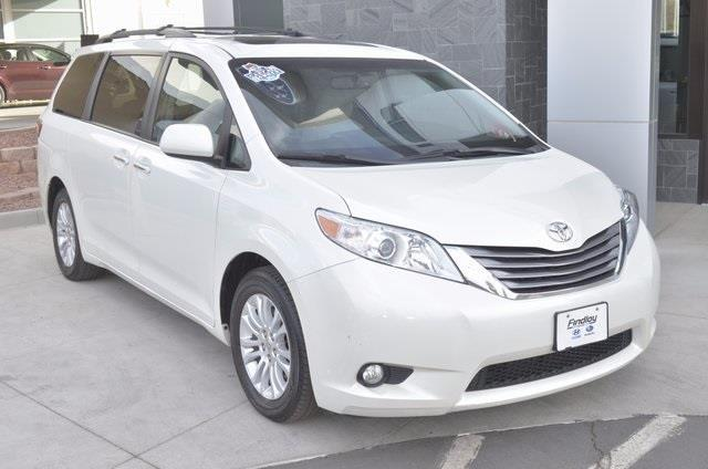 2015 toyota sienna limited 7 passenger limited 7 passenger. Black Bedroom Furniture Sets. Home Design Ideas