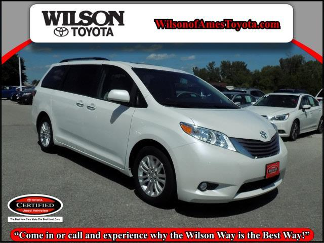 2015 toyota sienna limited 7 passenger limited 7 passenger 4dr mini van for sale in ames iowa. Black Bedroom Furniture Sets. Home Design Ideas