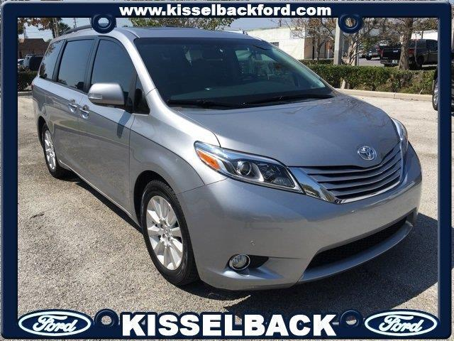 2015 toyota sienna xle 7 passenger auto access seat xle 7 passenger auto access seat 4dr mini. Black Bedroom Furniture Sets. Home Design Ideas