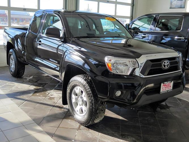 2015 toyota tacoma 4x4 v6 4dr access cab 6 1 ft sb 5a for sale in crystal lake illinois. Black Bedroom Furniture Sets. Home Design Ideas