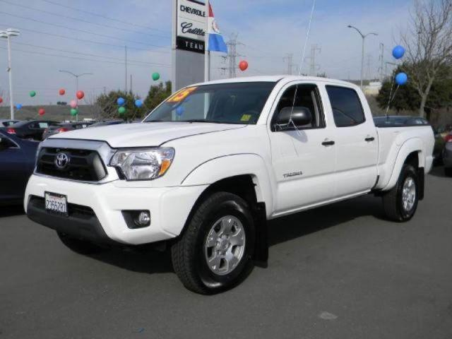 2015 toyota tacoma double cab pickup 6 ft for sale in vallejo california classified. Black Bedroom Furniture Sets. Home Design Ideas