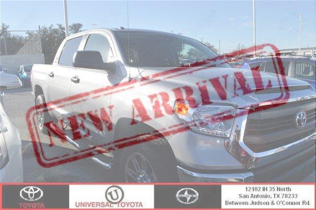 2015 Toyota Tundra SR5 4x2 SR5 4dr CrewMax Cab Pickup