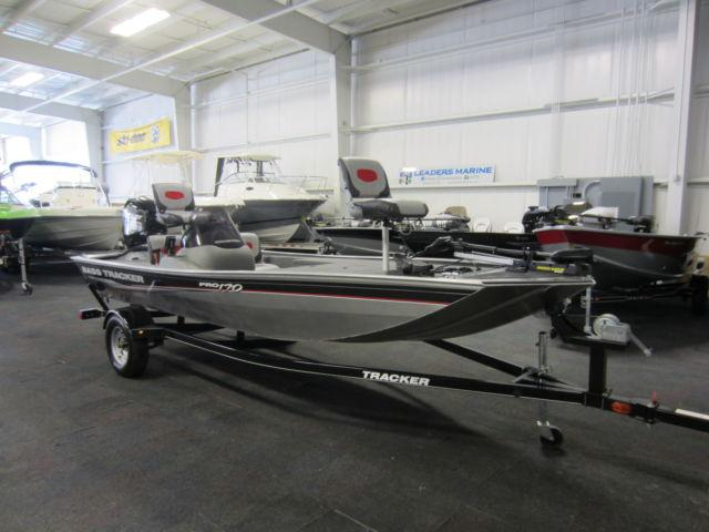 2015 Tracker 170 Pro With Jet Outboard And Only 8 Engine