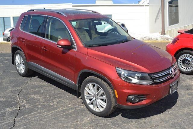 2015 volkswagen tiguan s 4dr suv for sale in davenport iowa classified. Black Bedroom Furniture Sets. Home Design Ideas