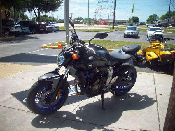 2015 yamaha fz 07 for sale in tampa florida classified. Black Bedroom Furniture Sets. Home Design Ideas