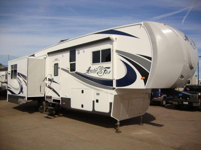 2016 Arctic Fox 32 5m Silver Fox Edition 1 Four Season 5th Wheel For Sale In Mesa Arizona