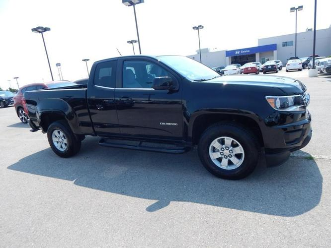 2016 chevrolet colorado work truck 4x2 work truck 4dr extended cab 6 ft lb for sale in norman. Black Bedroom Furniture Sets. Home Design Ideas