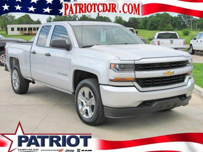 2016 Chevrolet Silverado 1500 4x4 Double Cab Custom