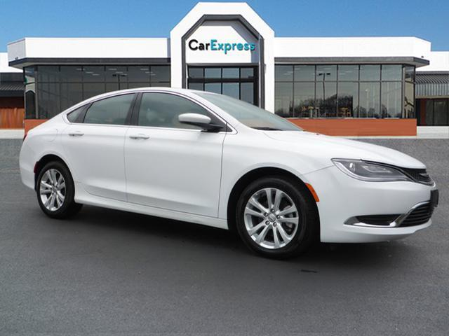 2016 chrysler 200 limited limited 4dr sedan for sale in chattanooga tennessee classified. Black Bedroom Furniture Sets. Home Design Ideas
