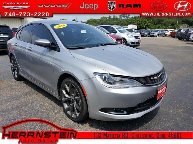 2016 chrysler 200 s s 4dr sedan for sale in chillicothe ohio classified. Black Bedroom Furniture Sets. Home Design Ideas