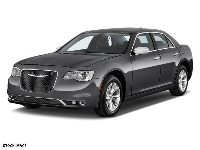 2016 Chrysler 300 C AWD C 4dr Sedan