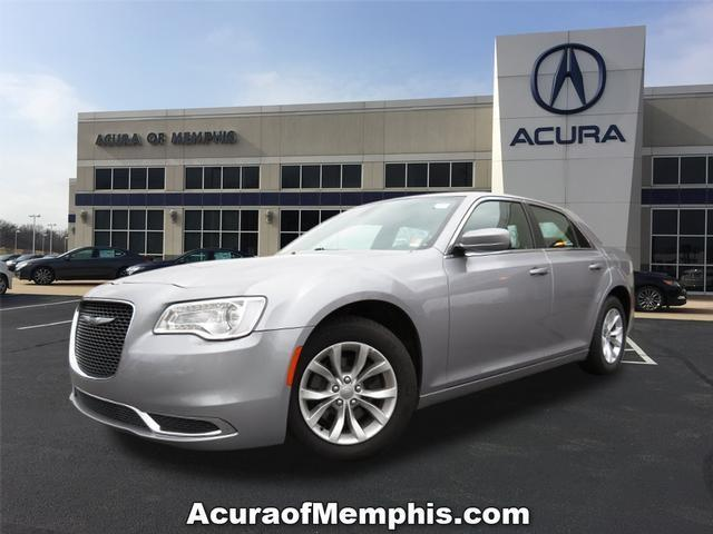 2016 Chrysler 300 Limited Limited 4dr Sedan