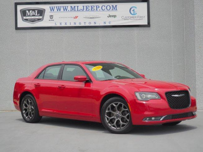 2016 Chrysler 300 S AWD