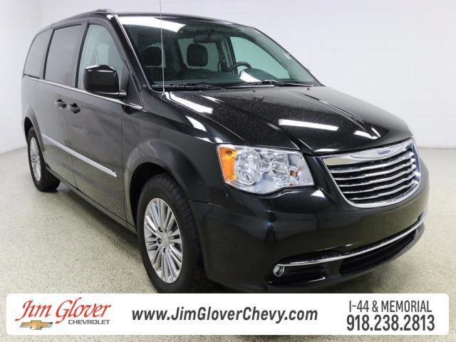 2016 chrysler town and country touring l touring l 4dr mini van for sale in tulsa oklahoma. Black Bedroom Furniture Sets. Home Design Ideas