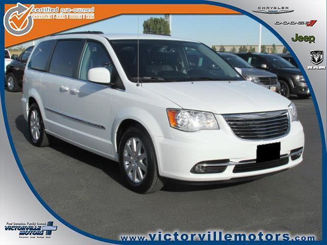 2016 chrysler town and country touring touring 4dr mini van for sale in victorville california. Black Bedroom Furniture Sets. Home Design Ideas