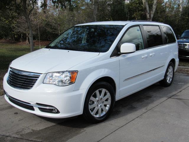 2016 Chrysler Town And Country Touring Touring 4dr Mini