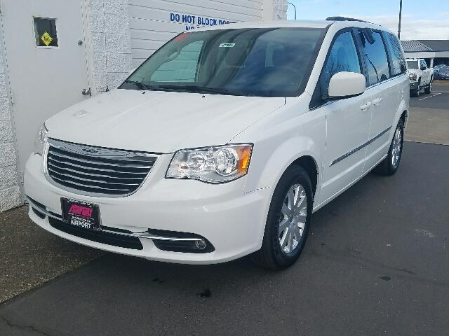 2016 chrysler town and country touring touring 4dr mini van for sale in medford oregon. Black Bedroom Furniture Sets. Home Design Ideas