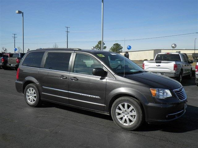 2016 chrysler town and country touring touring 4dr mini van for sale in fort smith arkansas. Black Bedroom Furniture Sets. Home Design Ideas