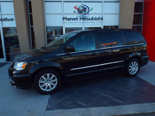 2016 chrysler town and country touring touring 4dr mini van for sale in charlotte north. Black Bedroom Furniture Sets. Home Design Ideas