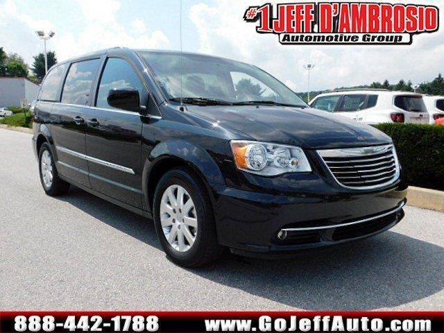 2016 chrysler town and country touring touring 4dr mini van for sale in downingtown. Black Bedroom Furniture Sets. Home Design Ideas
