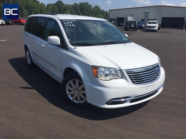 2016 chrysler town and country touring touring 4dr mini van for sale in tupelo mississippi. Black Bedroom Furniture Sets. Home Design Ideas