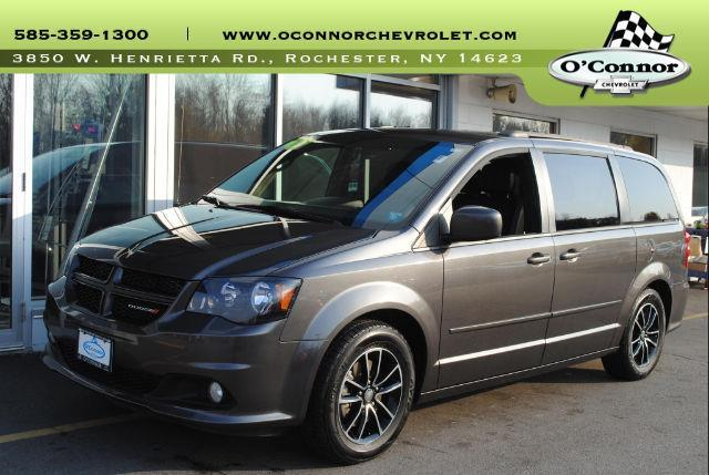 2016 dodge grand caravan r t r t 4dr mini van for sale in rochester new york classified. Black Bedroom Furniture Sets. Home Design Ideas