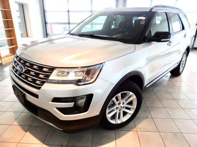 2016 Ford Explorer FWD XLT
