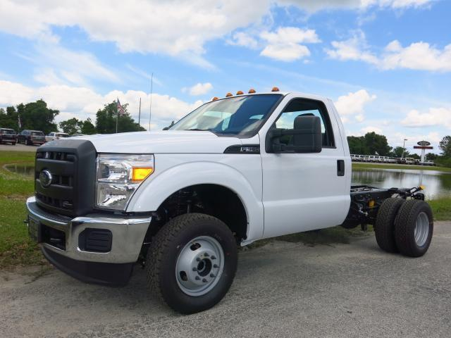 2016 ford f 350 super duty xl 4x4 xl 2dr regular cab 165 in wb drw chassis for sale in fort. Black Bedroom Furniture Sets. Home Design Ideas