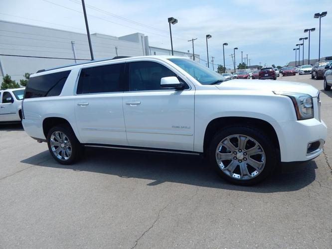 2016 gmc yukon xl denali 4x4 denali 4dr suv for sale in norman oklahoma classified. Black Bedroom Furniture Sets. Home Design Ideas