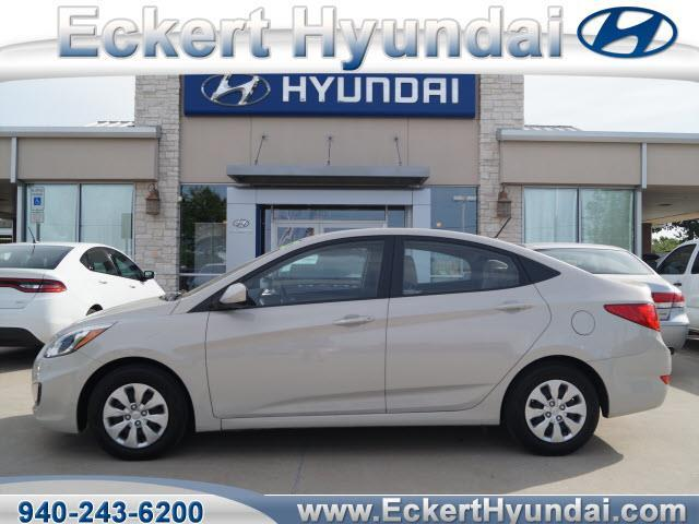 2016 hyundai accent se se 4dr sedan 6a for sale in denton texas classified. Black Bedroom Furniture Sets. Home Design Ideas