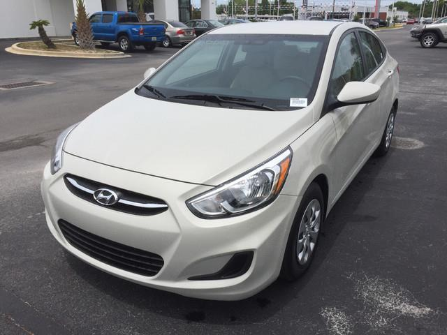 2016 hyundai accent se se 4dr sedan 6a for sale in panama city florida classified. Black Bedroom Furniture Sets. Home Design Ideas