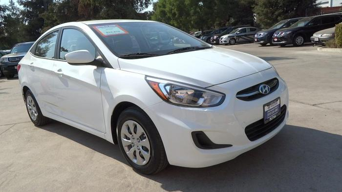 2016 hyundai accent se se 4dr sedan 6m for sale in fresno california classified. Black Bedroom Furniture Sets. Home Design Ideas