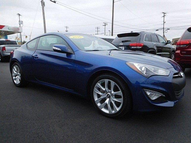 2016 hyundai genesis coupe 3 8 3 8 2dr coupe 6m w black interior for sale in east hanover new. Black Bedroom Furniture Sets. Home Design Ideas