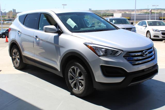 2016 Hyundai Santa Fe Sport 2.4L 2.4L 4dr SUV