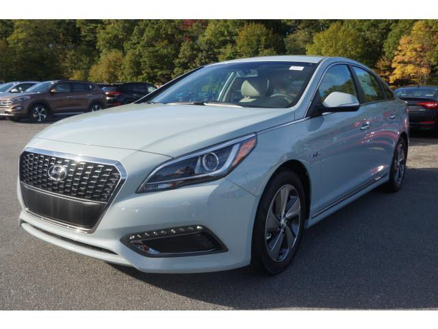 2016 hyundai sonata hybrid limited limited 4dr sedan w blue pearl interior for sale in raynham. Black Bedroom Furniture Sets. Home Design Ideas