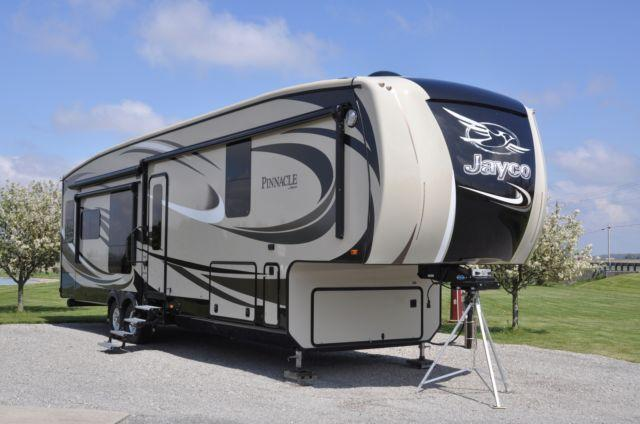 2016 jayco pinnacle for sale in lima ohio classified. Black Bedroom Furniture Sets. Home Design Ideas