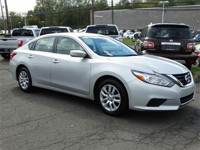 2016 nissan altima 2 5 s 2 5 s 4dr sedan for sale in middletown connecticut classified. Black Bedroom Furniture Sets. Home Design Ideas