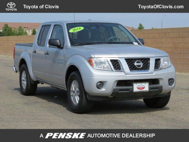 2016 Nissan Frontier 2WD Crew Cab SV