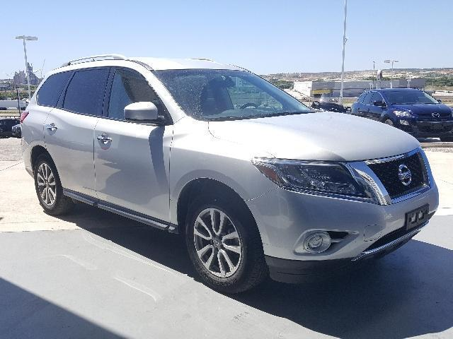 2016 nissan pathfinder sv 4x4 sv 4dr suv for sale in new. Black Bedroom Furniture Sets. Home Design Ideas