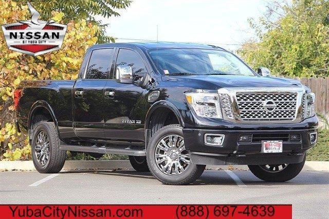 2016 nissan titan xd platinum reserve 4x4 platinum reserve 4dr crew cab pickup diesel for sale. Black Bedroom Furniture Sets. Home Design Ideas