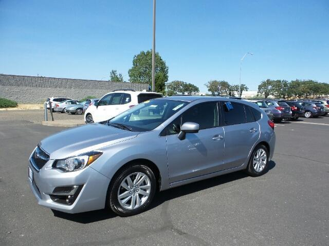 2016 subaru impreza premium awd premium 4dr wagon for sale in medford oregon. Black Bedroom Furniture Sets. Home Design Ideas
