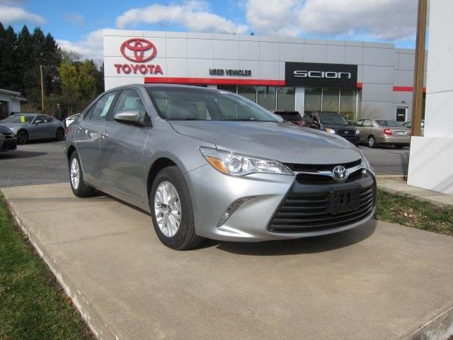 2016 toyota camry le le 4dr sedan for sale in reading pennsylvania classified. Black Bedroom Furniture Sets. Home Design Ideas