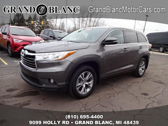 2016 toyota highlander le awd le 4dr suv for sale in grand blanc michigan classified. Black Bedroom Furniture Sets. Home Design Ideas
