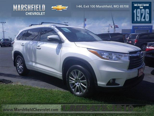 2016 toyota highlander xle awd xle 4dr suv for sale in marshfield missouri classified. Black Bedroom Furniture Sets. Home Design Ideas