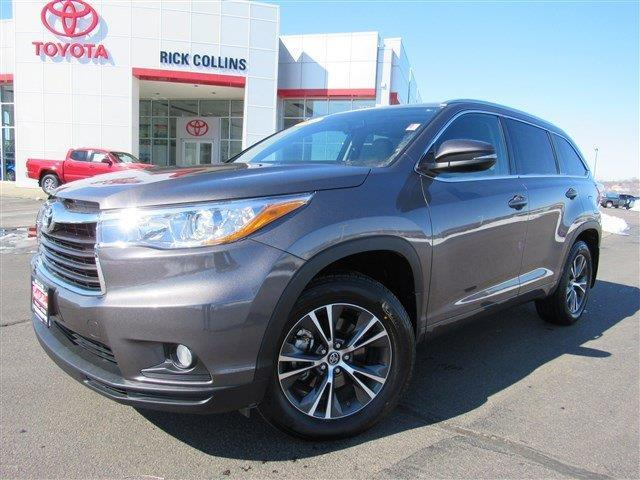 2016 toyota highlander xle awd xle 4dr suv for sale in sioux city iowa classified. Black Bedroom Furniture Sets. Home Design Ideas