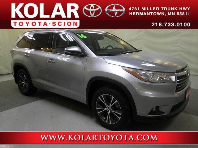 2016 Toyota Highlander XLE AWD XLE 4dr SUV for Sale in ...