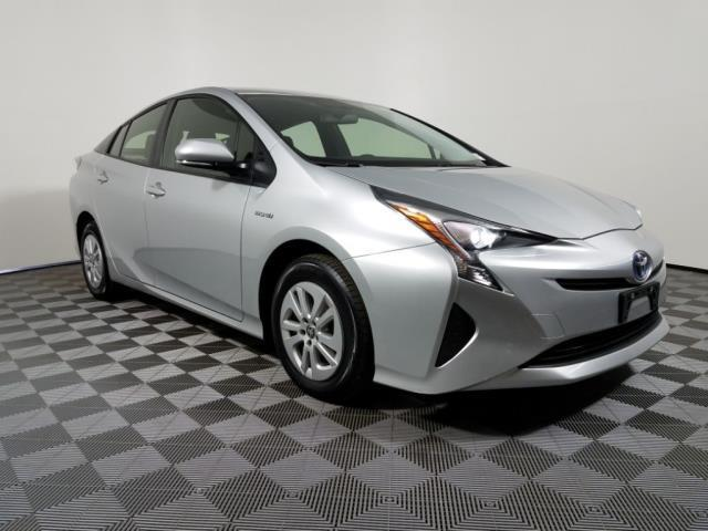 2016 Toyota Prius Two Two 4dr Hatchback