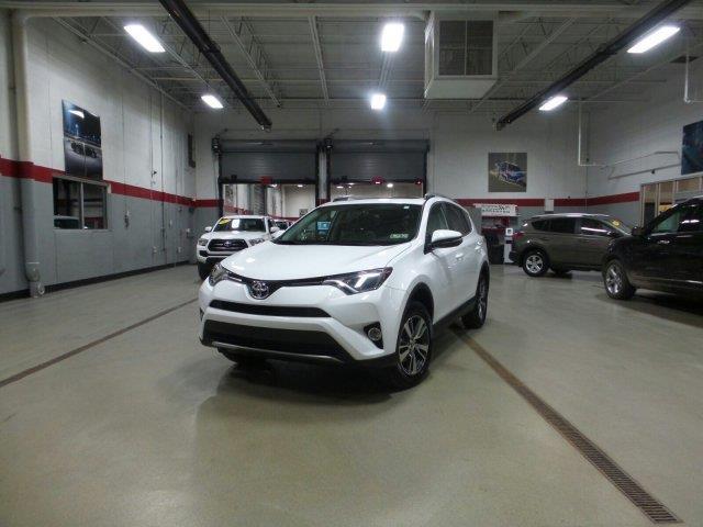 2016 Toyota RAV4 XLE AWD XLE 4dr SUV