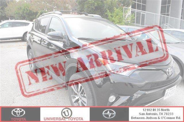 2016 Toyota RAV4 XLE XLE 4dr SUV