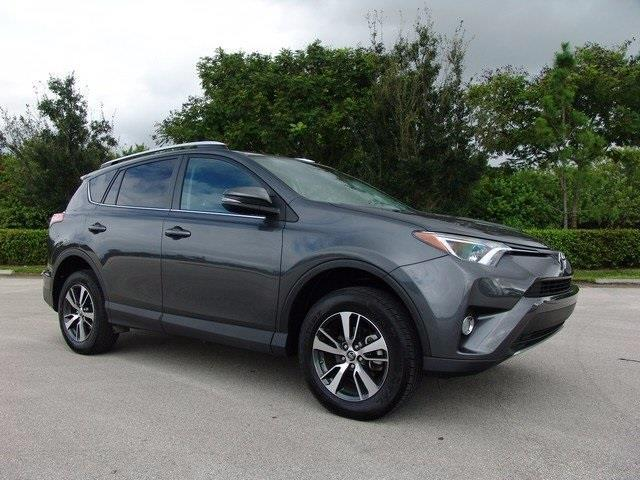 2016 toyota rav4 xle xle 4dr suv for sale in pompano beach florida classified. Black Bedroom Furniture Sets. Home Design Ideas